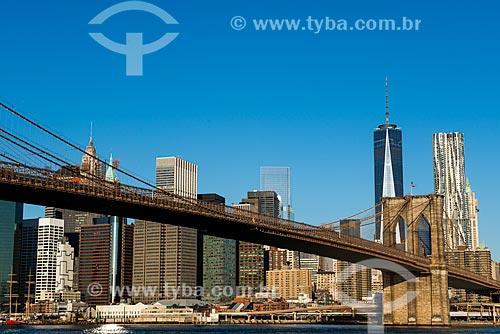 Vista da Ponte do Brooklyn (1883) sobre o Rio East  - Cidade de Nova Iorque - Nova Iorque - Estados Unidos