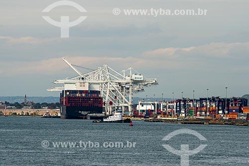 Navio cargueiro no Porto de Nova Iorque  - Cidade de Nova Iorque - Nova Iorque - Estados Unidos