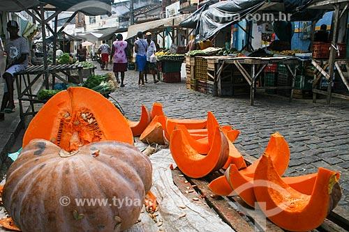 Abóbora à venda Feira livre na cidade de Santo Amaro da Purificação  - Santo Amaro - Bahia (BA) - Brasil