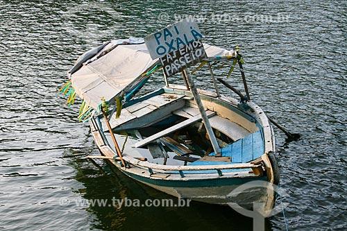 Barco no Dique do Tororó  - Salvador - Bahia (BA) - Brasil