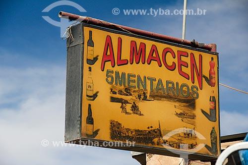 Placa de armazém próximo ao Salar de Uyuni  - Uyuni - Departamento Potosí - Bolívia