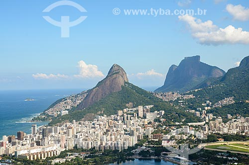 Vista do Morro Dois Irmãos e a Pedra da Gávea a partir do Morro dos Cabritos  - Rio de Janeiro - Rio de Janeiro (RJ) - Brasil
