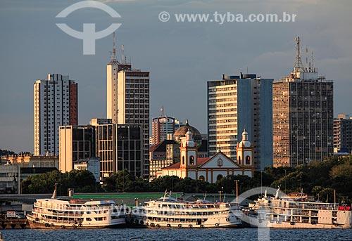 Vista do Porto de Manaus com a Catedral de Nossa da Senhora da Conceição a partir do Rio Negro  - Manaus - Amazonas (AM) - Brasil