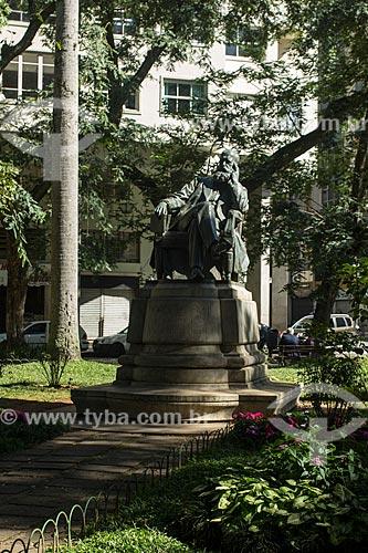 Estátua de Dom Pedro II (1911) na Praça Dom Pedro II  - Petrópolis - Rio de Janeiro (RJ) - Brasil