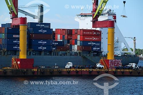 Porto do terminal de contêiner Chibatão no Rio Negro  - Manaus - Amazonas (AM) - Brasil