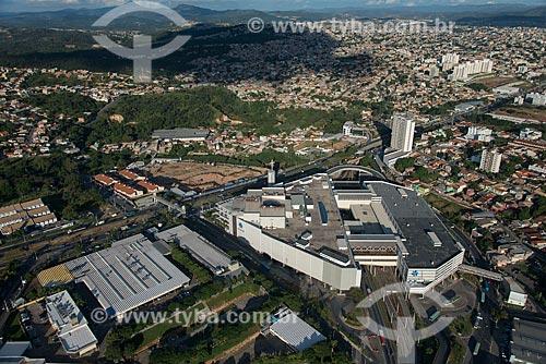Foto aérea do Campus Belo Horizonte da Faculdade de Minas - à esquerda - com a Estação Vilarinho do Metrô de Belo Horizonte  - Belo Horizonte - Minas Gerais (MG) - Brasil