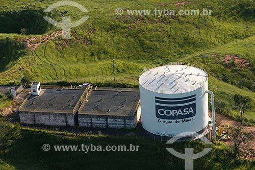 Foto aérea de caixa dágua da Companhia de Saneamento de Minas Gerais (COPASA)  - Belo Horizonte - Minas Gerais (MG) - Brasil