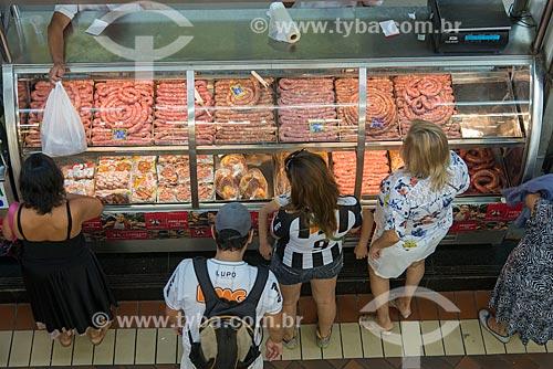Consumidores em açougue no Mercado Central de Belo Horizonte (1929)  - Belo Horizonte - Minas Gerais (MG) - Brasil