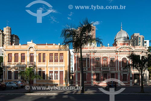 Solar Narbona (1911) - à esquerda - e o Palacete Dantas (1915) - à direita - hoje abrigam o Centro Cultura Oi Futuro BH  - Belo Horizonte - Minas Gerais (MG) - Brasil