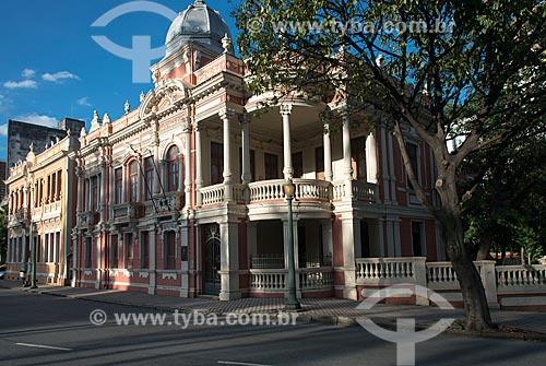 Fachada do Palacete Dantas (1915) e o Solar Narbona (1911) - ao fundo - hoje abrigam o Centro Cultura Oi Futuro BH  - Belo Horizonte - Minas Gerais (MG) - Brasil