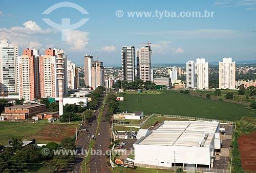 Plantação de soja em área urbana  - Londrina - Paraná (PR) - Brasil