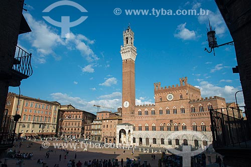 Piazza del Campo (Praça do Campo) com o Palazzo Pubblico (1310) - sede da Prefeitura de Siena  - Siena - Província de Siena - Itália