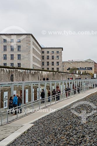 Parte do Muro de Berlim ainda de pé  - Berlim - Berlim - Alemanha