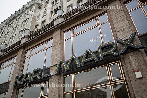 Fachada de prédios na Avenida Karl Marx Allee  - Berlim - Berlim - Alemanha