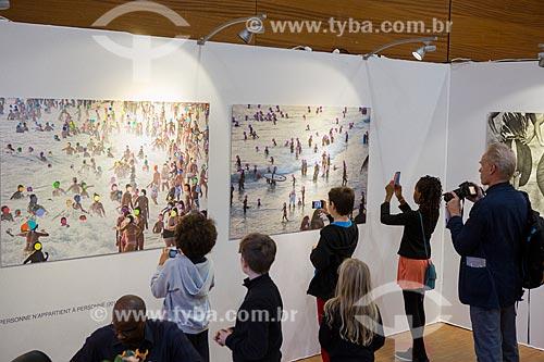 Interior da exposição fotográfica La Quatrième Image 2014 - fotografias de Rogério Reis em exposição  - Paris - Paris - França