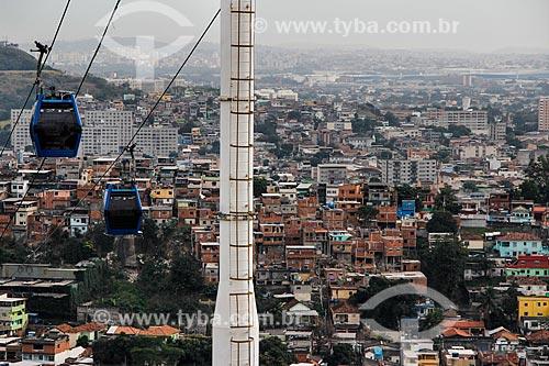 Vista geral do Complexo do Alemão com o Teleférico do Alemão - operado pela SuperVia  - Rio de Janeiro - Rio de Janeiro (RJ) - Brasil