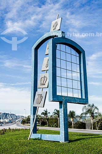 Monumento ao Povoamento Açoriano (1995)  - Florianópolis - Santa Catarina (SC) - Brasil