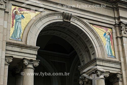 Detalhe de mosaico na fachada da Catedral Metropolitana de Porto Alegre (1929)  - Porto Alegre - Rio Grande do Sul (RS) - Brasil