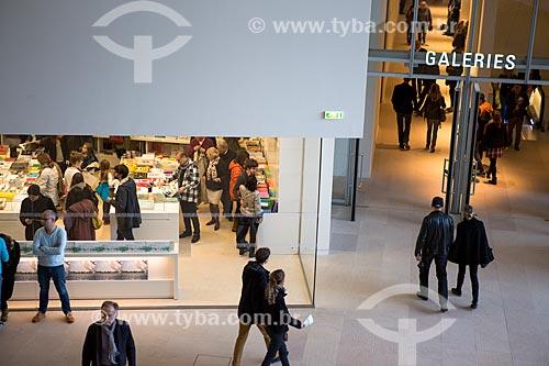 Livraria no interior da Fundação Louis Vuitton  - Paris - Paris - França