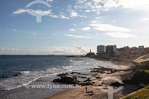 Orla da Praia da Barra com o Forte de Santo Antônio da Barra (1702) ao fundo  - Salvador - Bahia (BA) - Brasil
