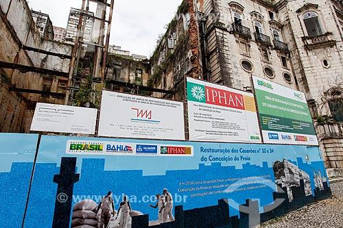 Tapume na reforma do edifício anexo à Basílica Nossa Senhora da Conceição da Praia (1849)  - Salvador - Bahia (BA) - Brasil