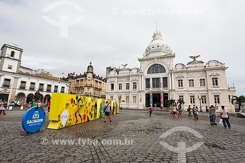 Praça Thomé de Souza com o Palácio Rio Branco (século XVI) ao fundo - hoje abriga o Fundação Pedro Calmon, a Fundação Cultural do Estado da Bahia e o Memorial dos Governadores  - Salvador - Bahia (BA) - Brasil