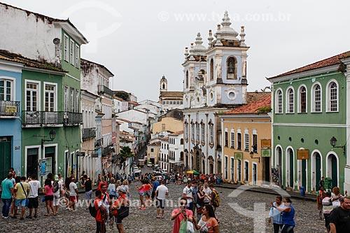 Vista de casarios no Pelourinho com a Igreja de Nossa Senhora do Rosário dos Pretos (século XVIII) à direita  - Salvador - Bahia (BA) - Brasil