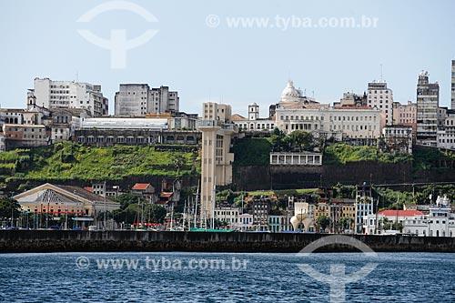 Vista da cidade alta a partir da Baia de Todos os Santos  - Salvador - Bahia (BA) - Brasil