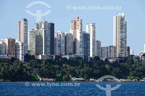 Vista de prédios a partir da Baia de Todos os Santos  - Salvador - Bahia (BA) - Brasil