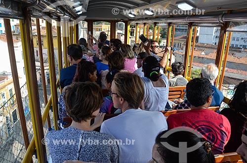 Bonde de Santa Teresa passando sobre os Arcos da Lapa  - Rio de Janeiro - Rio de Janeiro (RJ) - Brasil