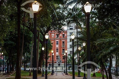 Vista da Praça Julio Mesquita com chafariz ao fundo  - São Paulo - São Paulo (SP) - Brasil