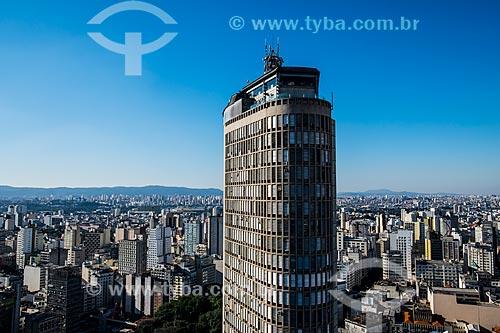 Vista do Edifício Circolo Italiano (1965) - mais conhecido como Edifício Itália - com a Serra da Mantiqueira ao fundo  - São Paulo - São Paulo (SP) - Brasil