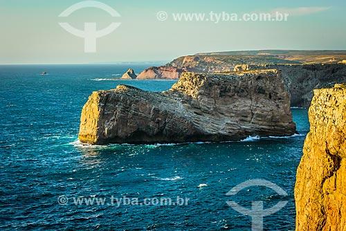 Vista do mar a partir do Cabo de São Vicente - parte do Parque Natural do Sudoeste Alentejano e Costa Vicentina  - Concelho de Vila do Bispo - Distrito de Faro - Portugal
