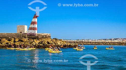 Passeio turístico de caiaque no estuário de Ribeira de Bensafrim  - Concelho de Lagos - Distrito de Faro - Portugal