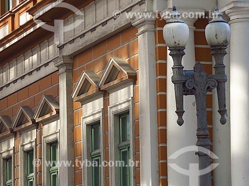 Detalhe da fachada do Paço Municipal de Porto Alegre (1901)  - Porto Alegre - Rio Grande do Sul (RS) - Brasil
