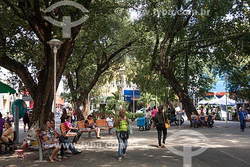 Pessoas na Praça Barão do Rio Branco  - Teresina - Piauí (PI) - Brasil