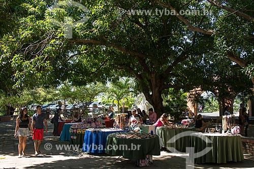 Comércio de artesanato no Parque Municipal do Encontro dos Rios - encontro das águas do Rio Poti e Rio Parnaíba  - Teresina - Piauí (PI) - Brasil