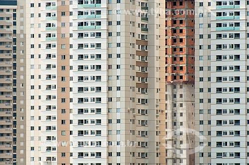 Detalhe de edifícios na cidade de Londrina  - Londrina - Paraná (PR) - Brasil