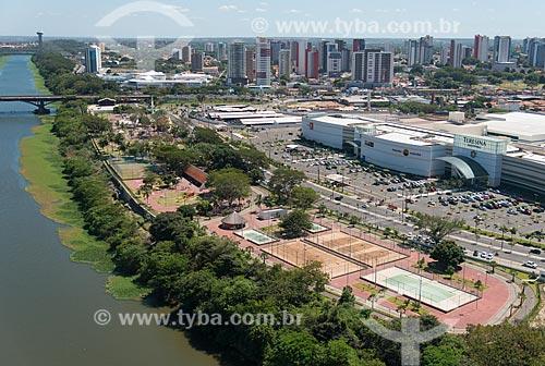 Foto aérea do Parque Potycabana próximo ao Teresina Shopping e a Ponte Juscelino Kubitschek (1957) - também conhecida como Ponte da Frei Serafim  - Teresina - Piauí (PI) - Brasil
