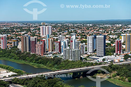 Foto aérea da Ponte Juscelino Kubitschek (1957) - também conhecida como Ponte da Frei Serafim  - Teresina - Piauí (PI) - Brasil