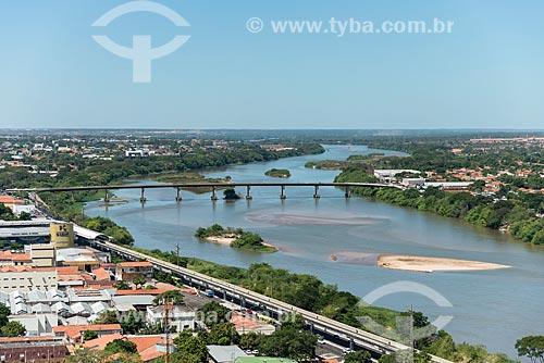 Foto aérea da Ponte Presidente José Sarney - também conhecida como Ponte da Amizade - sobre o Rio Parnaíba  - Teresina - Piauí (PI) - Brasil