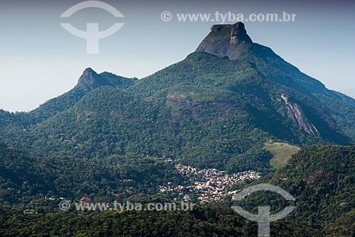 Vista da localidade Maracaí e da Pedra da Gávea a partir do Pico da Tijuca  - Rio de Janeiro - Rio de Janeiro (RJ) - Brasil