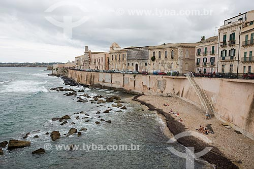 Praia na orla da Ilha Ortígia  - Siracusa - Província de Siracusa - Itália