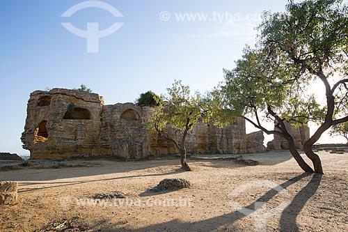 Antiga muralha no Valle dei Templi (Vale dos Templos) - antiga cidade grega de Akragas  - Agrigento - Província de Agrigento - Itália