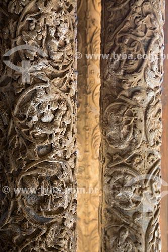 Detalhe de coluna no cláustro da Duomo di Monreale (Catedral de Monreale)  - Monreale - Província de Palermo - Itália