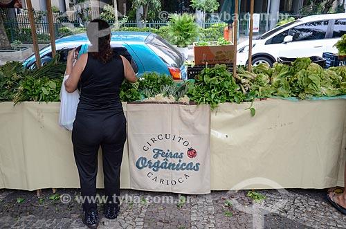 Vegetais orgânicos à venda em feira livre do Circuito Feira Orgânica Carioca  - Rio de Janeiro - Rio de Janeiro (RJ) - Brasil