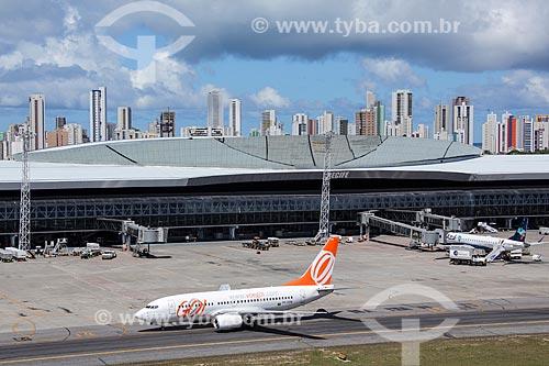 Foto aérea de avião da GOL - Linhas Aéreas Inteligentes - no Aeroporto Internacional do Recife/Guararapes - Gilberto Freyre (1958)  - Recife - Pernambuco (PE) - Brasil