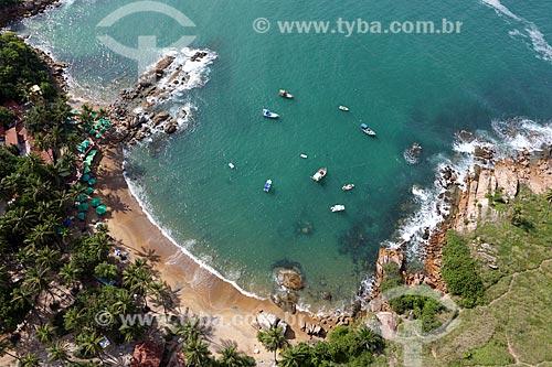 Foto aérea da Praia de Calhetas no Parque Metropolitano Armando de Holanda Cavalcanti  - Cabo de Santo Agostinho - Pernambuco (PE) - Brasil