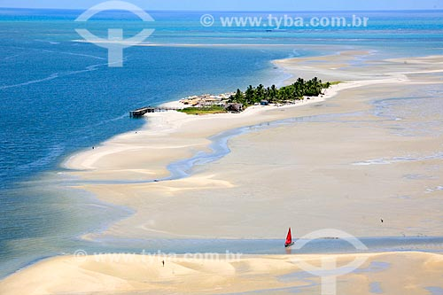 Praia na Ilha Coroa do Avião  - Igarassu - Pernambuco (PE) - Brasil