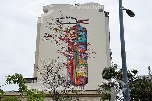 Prédio com grafite no Largo de São Francisco da Prainha  - Rio de Janeiro - Rio de Janeiro (RJ) - Brasil